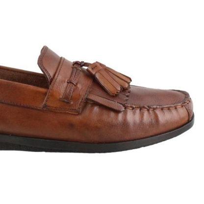 tassel elevator tan color shoes